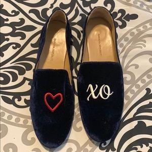 Banana Republic velvet loafers worn twice size 8